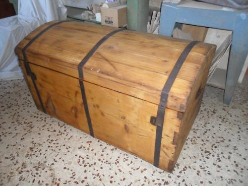 Riproduzione mobili antichi