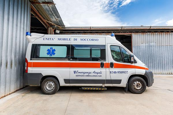 ambulanza a chiamata quartu sant'elena