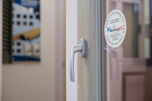serramenti alluminio terni