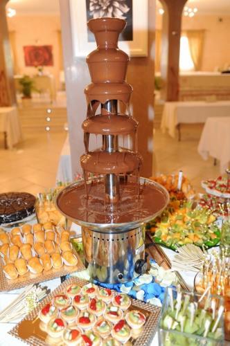 Torte nuziali e dolci della pasticceria Cannas