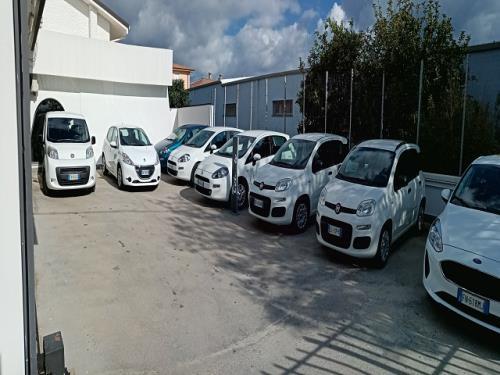 Finanziamenti e leasing auto