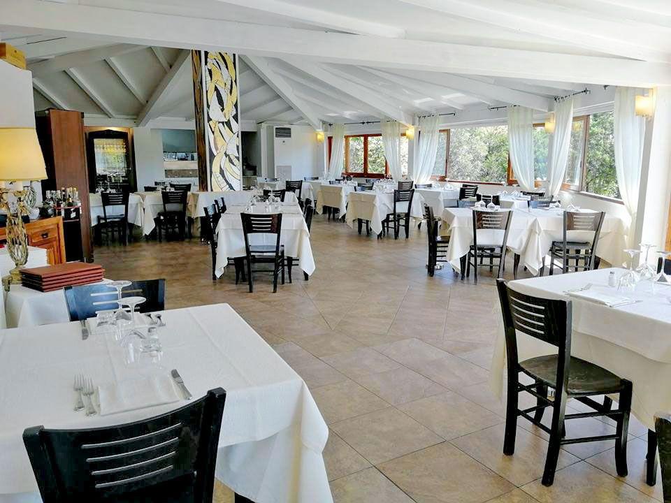 ristorante menù di mare e terra cala di volpe arzachena