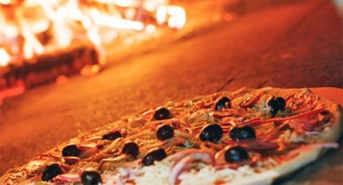 pizzeria con forno a legna cala di volpe arzachena