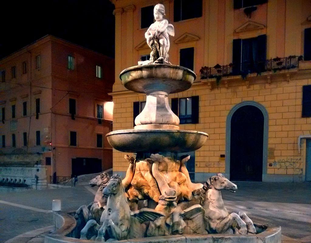Fontana dei Cavalli ad Ancona