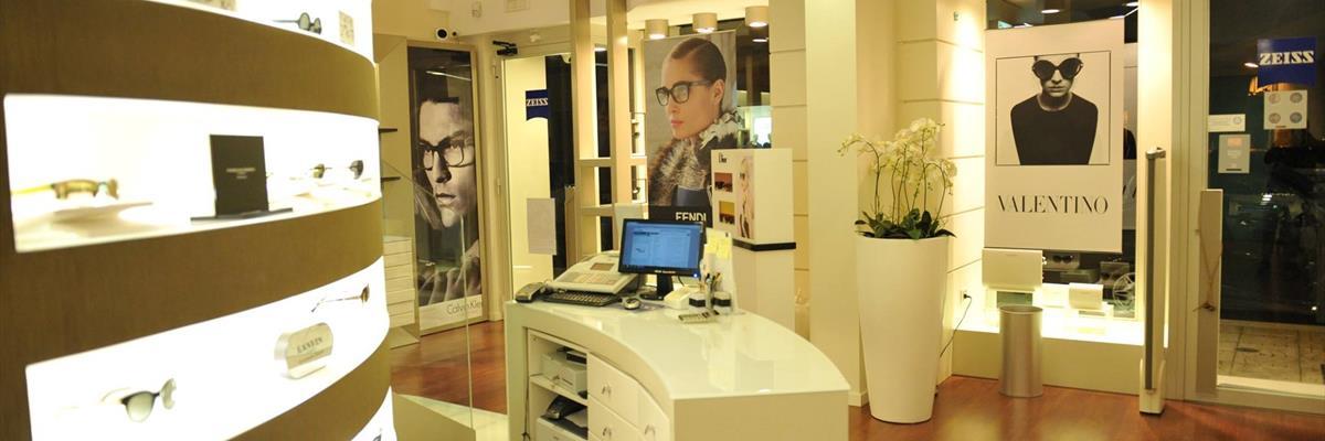 negozio lenti e occhiali