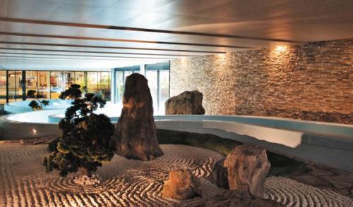 Rivestimenti in pietra per uffici alberghi hotel Parma Vicofertile