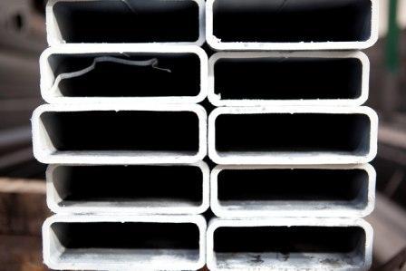 Commercio trafilatidi acciaio tubi acciaio tubi saldati Parma Cannetolo di Fontanellato