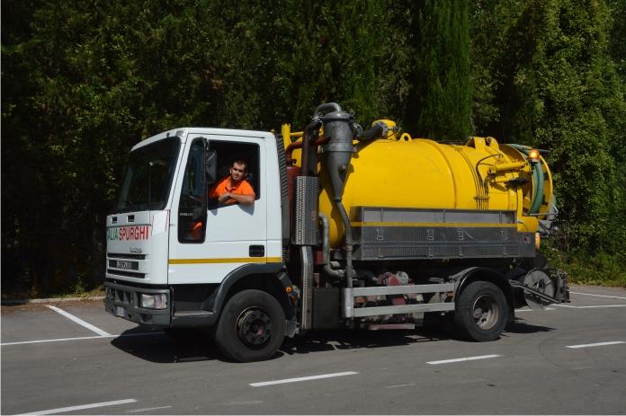Smaltimento rifiuti liquidi industriali