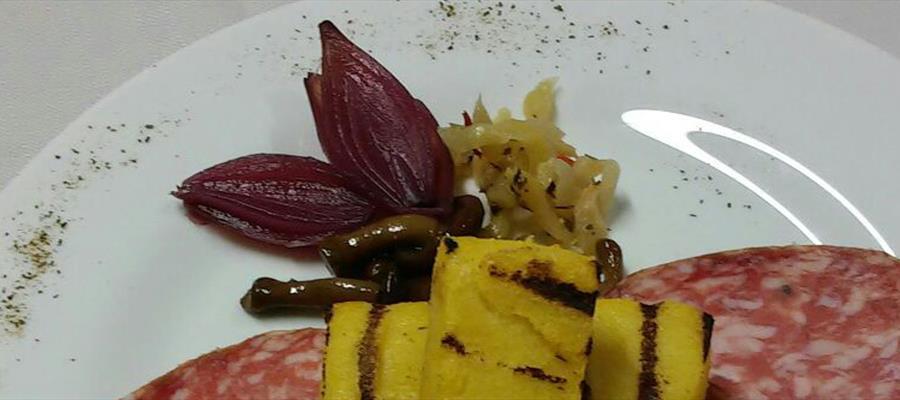 trattoria dalla Bianca - antipasto con polenta e sopressa