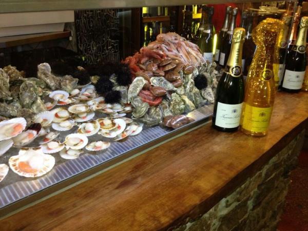 La Champagneria & Vineria
