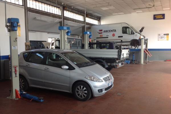 riparazione auto moto parma est