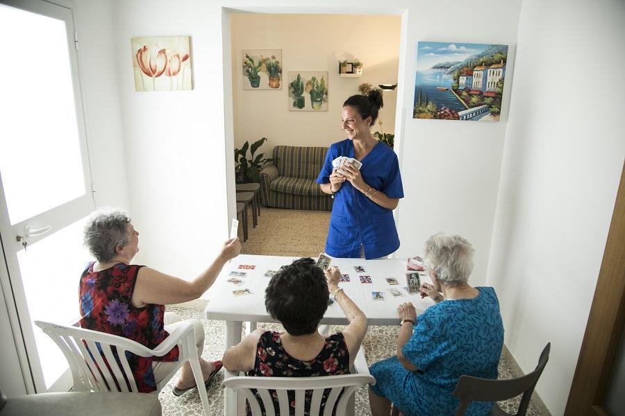 centro diurno assistenza anziani
