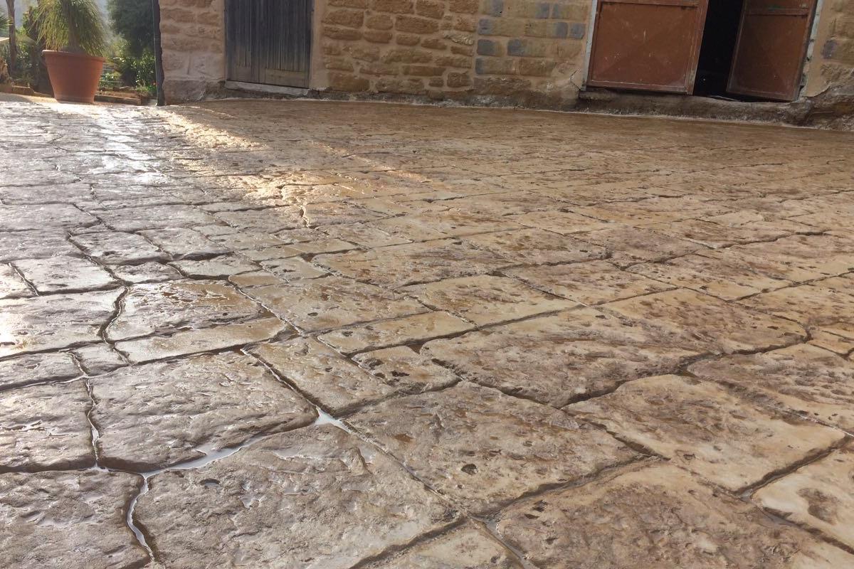 Pavimento Stampato Effetto Pietra a Canicattì