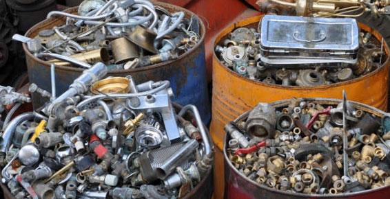 Riciclaggio di rottami ferrosi e non