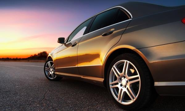 oscuramento vetri auto bergamo