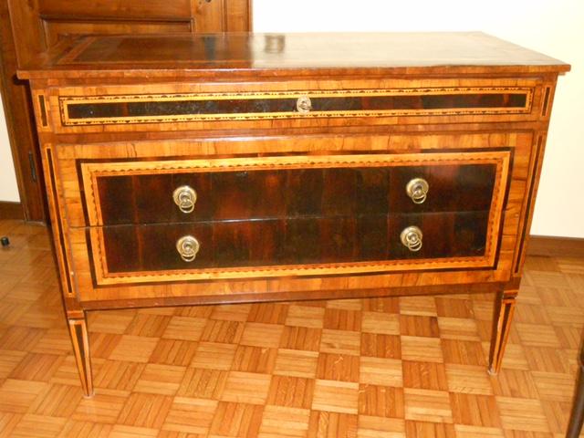 Restauro a domicilio mobili antichi