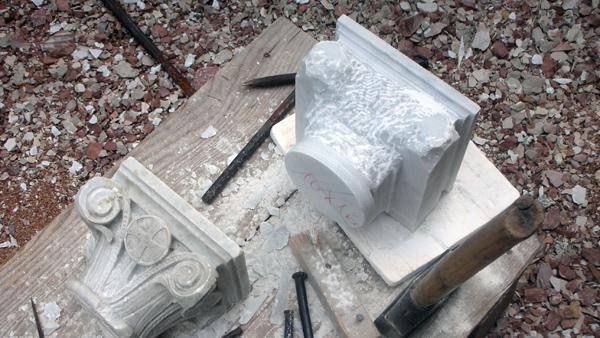Riproduzione e sostituzione di vecchi capitelli
