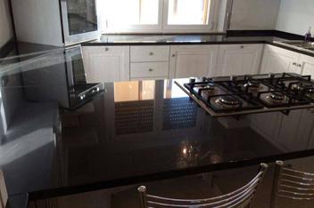 Cucine in marmo su misura