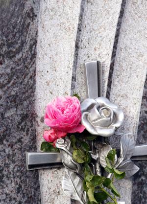 servizio di sepoltura a Tuscania e Arlena di Castro