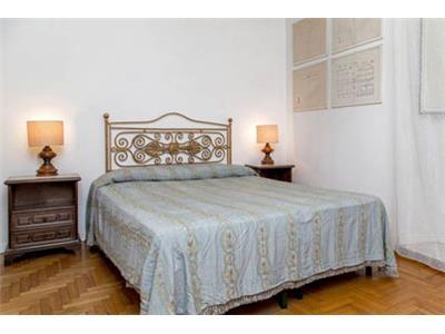 camera da letto bilocale campo de' fiori Roma centro