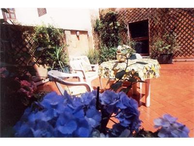 bilocale con terrazza panoramica barberini Roma