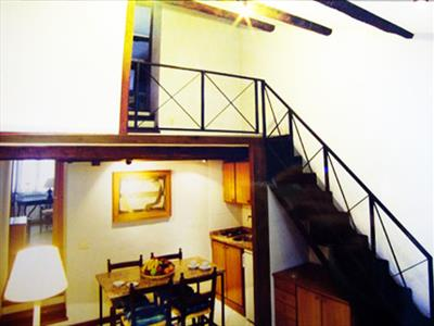 Trilocale a due livelli Barberini