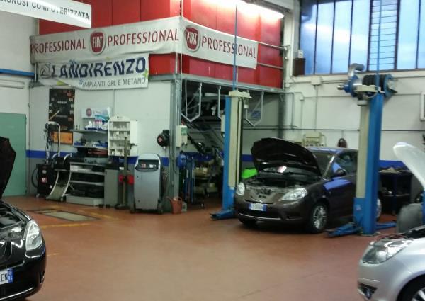 Officina Fiat Lancia a Leno (Brescia)