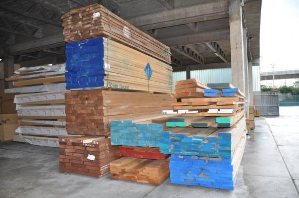dettaglio legnami Trieste