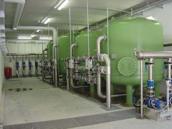 Movimentazione acque e filtrazione acque a carboni attivi