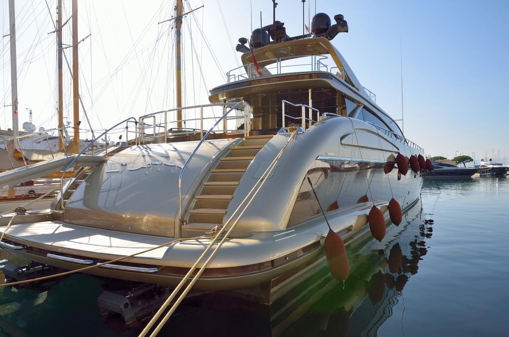 Porte automatiche per imbarcazioni