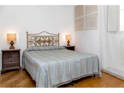 camera da letto attico campo de' fiori Roma centro