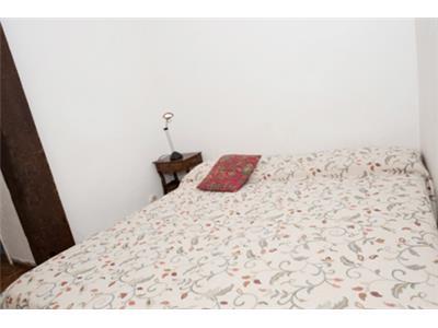 Camera da letto bilocale trastevere Roma