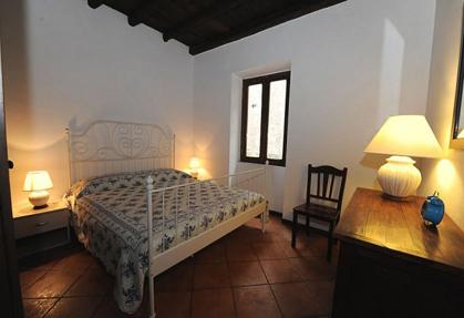 trilocale camera da letto trastevere roma