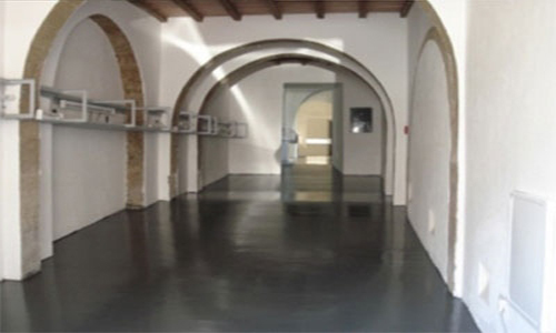 pavimentazione in resina museo civico di Pitigliano vivai mari roma nord