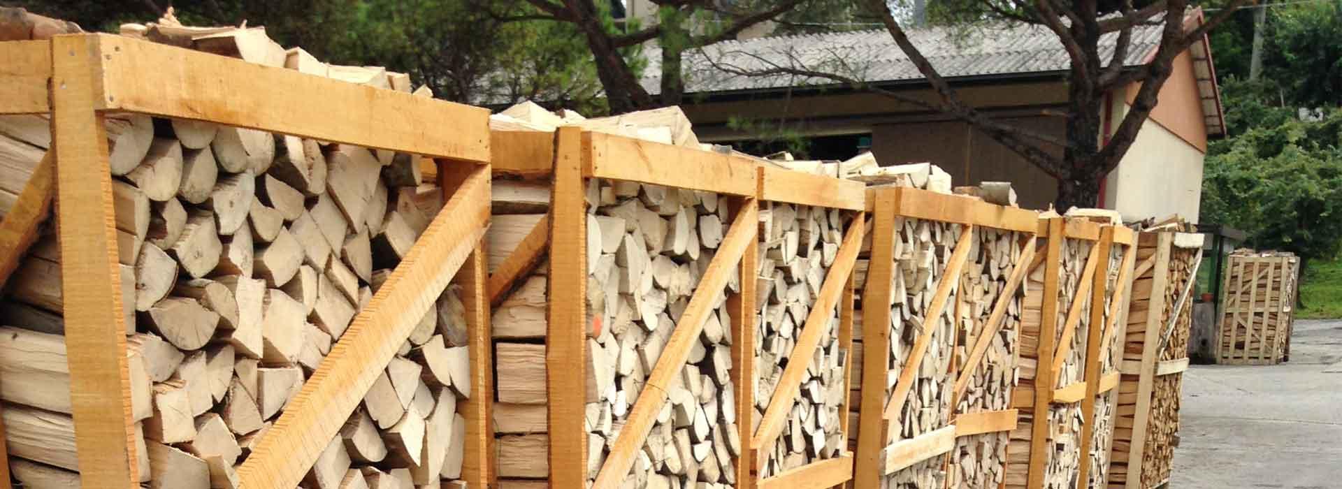 Vendita legna da ardere e pellet