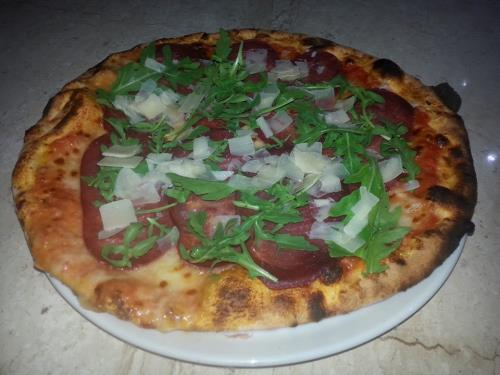 pizza rucola e speck