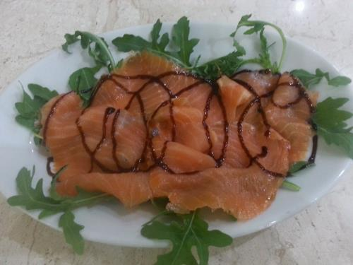 salmone e rucola