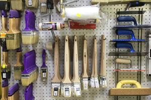 pennelli per pittura ferramenta marconi roma eur