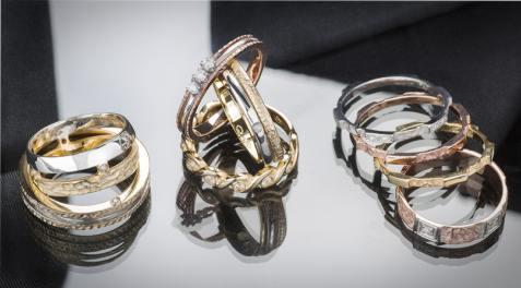Gioielli Parma; anelli in oro Parma; collane Parma