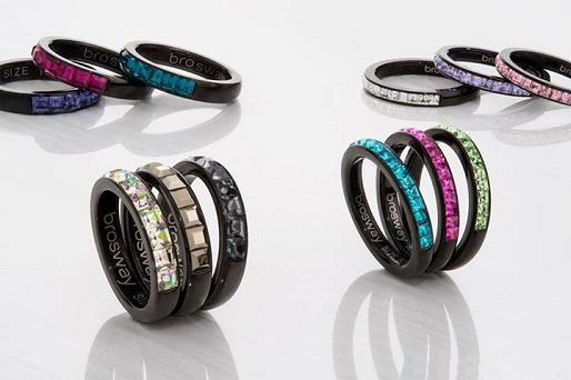 anelli fashion Parma; anelli con pietre PArma