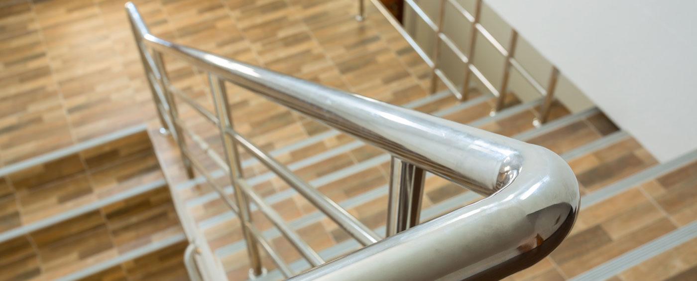 scale in acciaio e legno Brescia