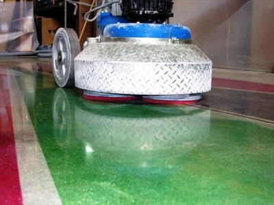 lucidatura pavimenti in resina fontanafredda pordenone