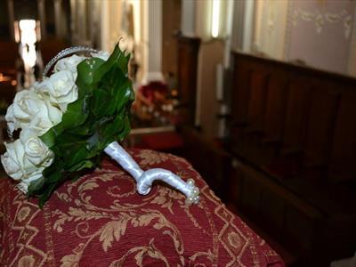 bouquet rose bianche e perle