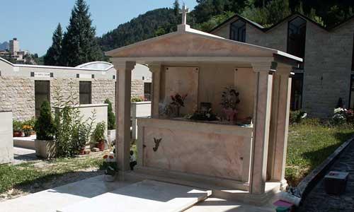 lapidi arte funeraria Amelia (TR)