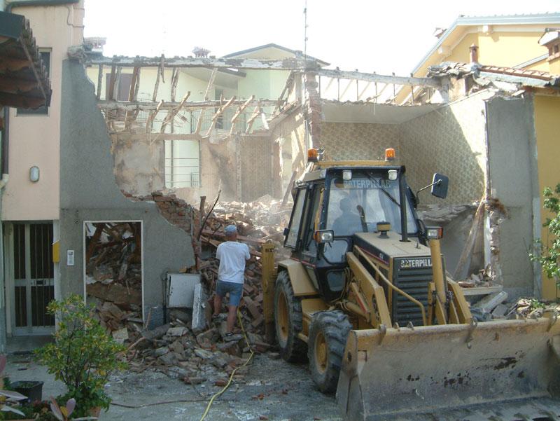 demolizione immobile brescia