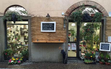 negozio vetrina esterna