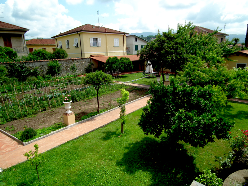 Bed  Breakfast Sarzana