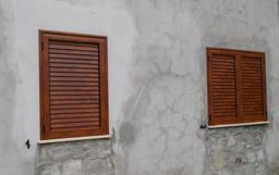 Realizzazione veneziane finestre