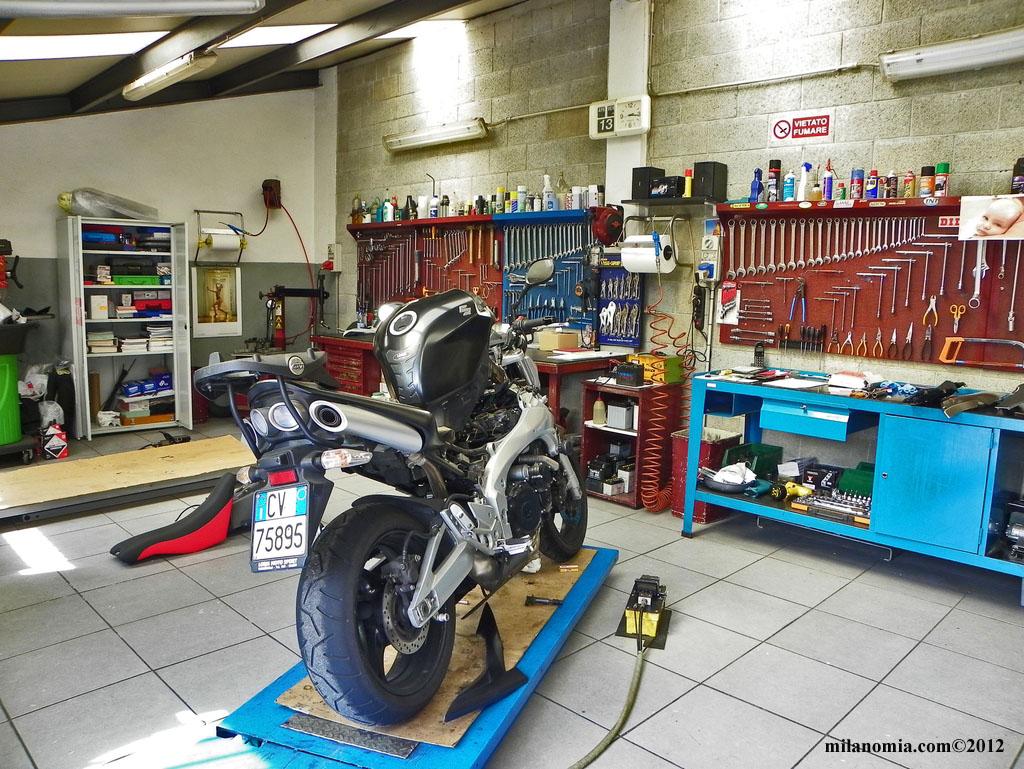 Officina moto