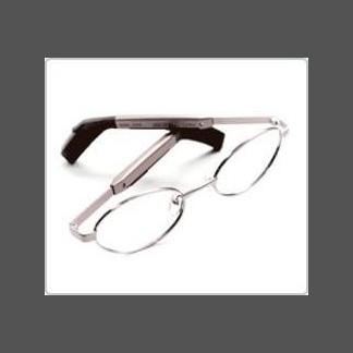 occhiale con apparecchio acustico